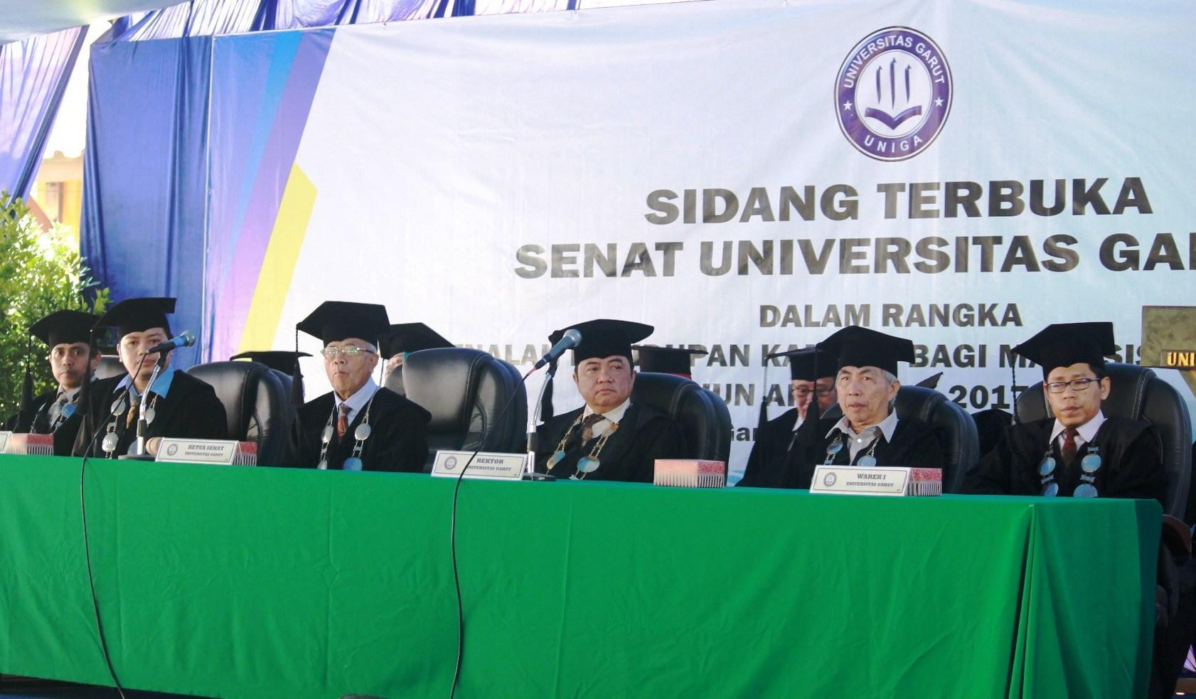 Besok Uniga wisuda 433 lulusan, 115 diantaranya berasal dari Luar Pulau Jawa