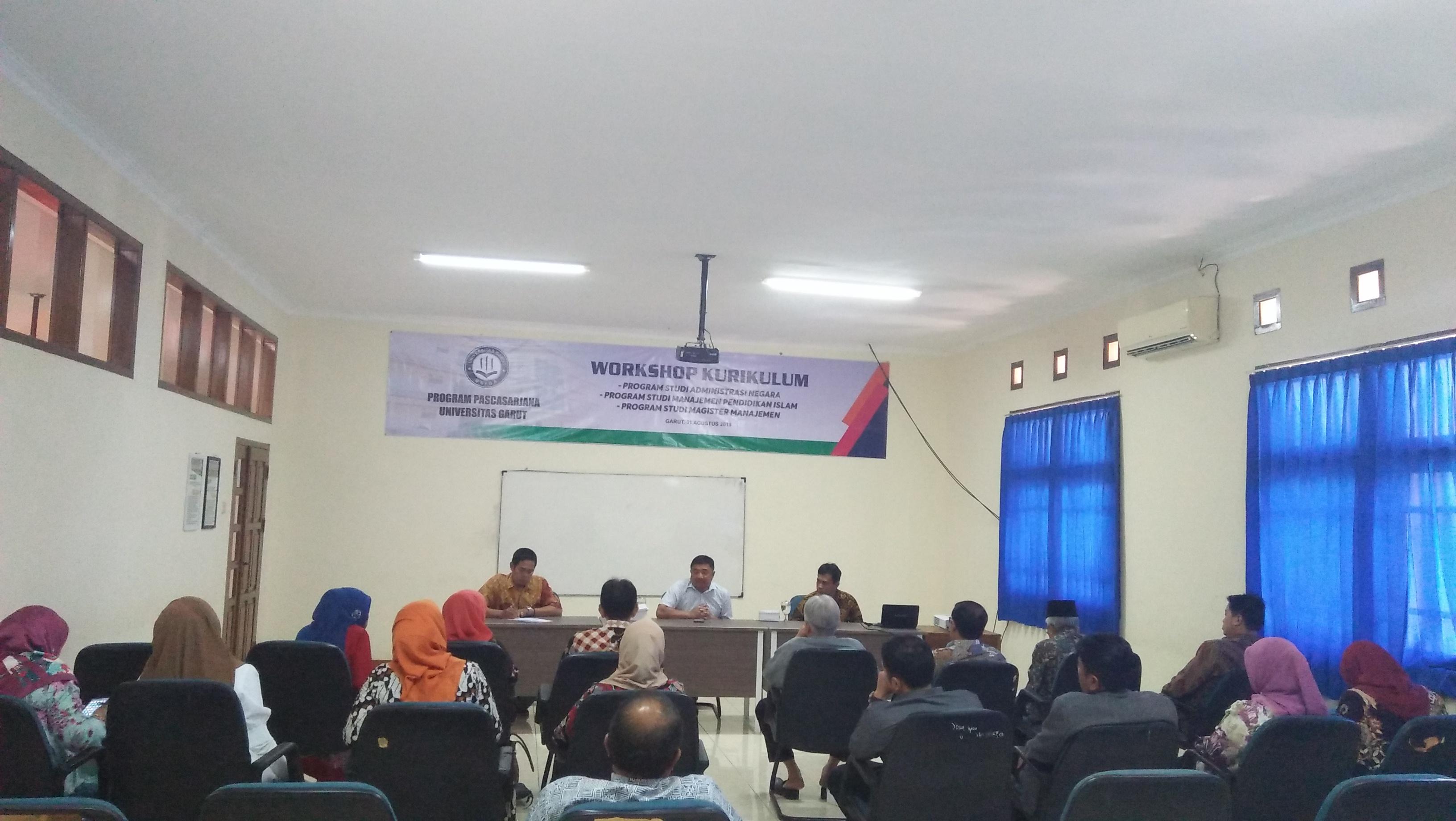 Rapat Workshop Kurikulum Program pascasarjana Universitas Garut Tahun 2019/2020