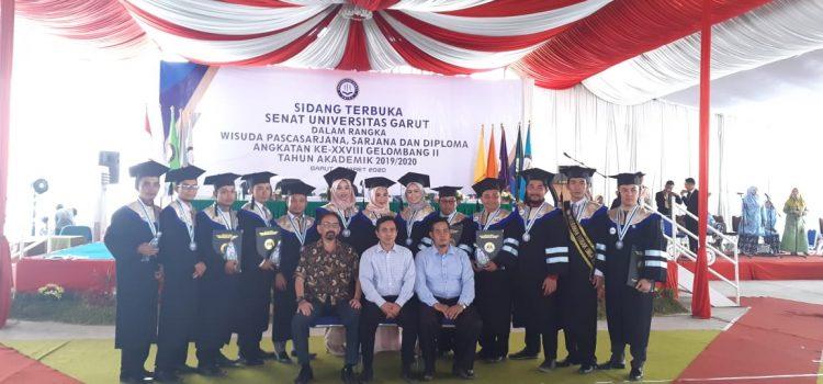 Wisudawan Angkatan XXVIII Program Pascasarjana Universitas Garut Tahun Akdemik 2019-2020