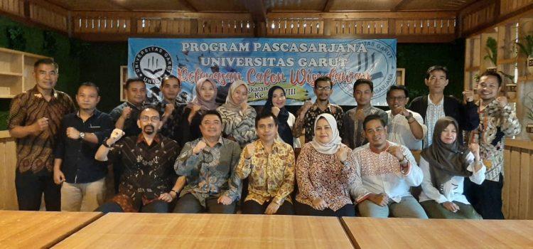 Pelepasan Wisuda Program Pascasarjana UNIGA Angkatan XXVIII Tahun Akademik 2019-2020